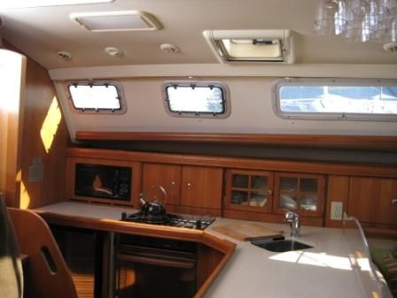 2005 Hunter 41 Galley