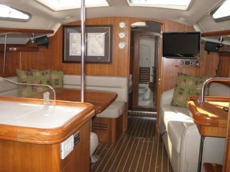 2005 Hunter 41 Salon